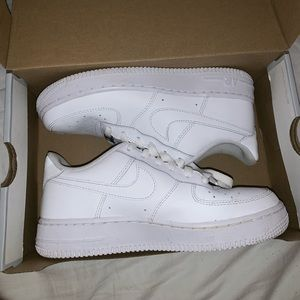 Air Force 1s - Big Kids